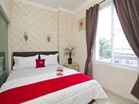 ZenRooms Cideng Barat - Double Room Only Special Promo