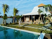 Padi Padi Canggu Luxury Room & Restaurant