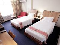 New Metro Hotel Semarang - Executive Triple With Breakfast For 3 Person Regular Plan