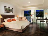 Delonix Hotel Karawang - Garden Wing Studio - Room Only Weekend Promotions 15%