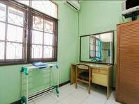 Riyadi Guest House Surabaya - Sakura Room  Minimum Stay 2 night