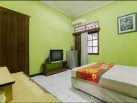 Riyadi Guest House Surabaya - Lily Room Minimum Stay 2 night