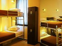 Chez Bon Hostel Bandung - Dormitory Female AC Shared Bathroom (1 Person/bed) Breakfast Regular Plan