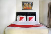 OYO 188 Wisma Nely Murni Guesthouse Jakarta - Standard Double Long Stay 52%