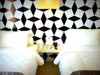 Crown Prince Hotel Surabaya - Cozy Twin With Breakfast Minimum Stay