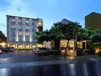 Sakanti Malioboro Hotel di Jogja/Tugu Jogja