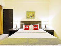 ZEN Premium Bandengan Selatan Jakarta - Double Room Only Regular Plan