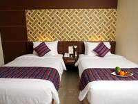Aerotel Smile Makassar - Deluxe Twin - Room Only Regular Plan