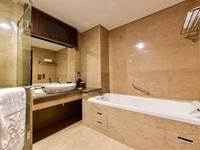 Myko Hotel & Convention Center Makassar - Premiere King  Regular Plan