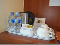 World Hotel Jakarta - Deluxe Room Regular Plan
