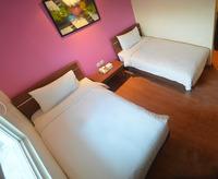 Nite & Day Jakarta Bandengan - Superior Twin Room Only Regular Plan