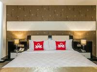 ZenRooms Denpasar Marlboro - Double Room (Room Only) Regular Plan