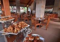 Inna Bali Beach Resort Bali - Honeymooner Package Regular Plan