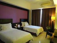 Zurich Hotel Balikpapan - Standard Twin Room Only Regular Plan