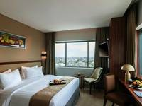 Arthama Hotels Losari Makassar - Deluxe King City View Regular Plan