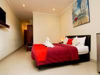RedDoorz Plus @ Patimura Legian Bali - RedDoorz Superior Room Regular Plan