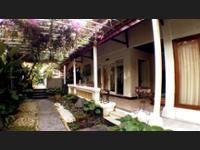 Gajah Biru Bungalows Bali - Suite Standar Regular Plan