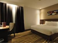 D Maleo Hotel Makassar - Deluxe Room Regular Plan