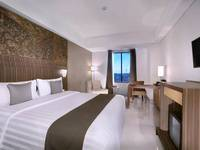 Neo+ Awana Yogyakarta - Deluxe Room with Breakfast Regular Plan