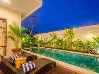 Villa Tepi Sungai di Bali/Legian