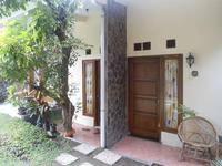 Beto Guest House Yogyakarta - Standard Room Regular Plan