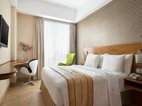 Hariston Hotel Jakarta - Superior Double With Breakfast Regular Plan