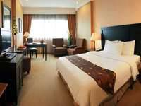 Hotel Danau Toba Medan - Deluxe Room Only Regular Plan