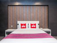 ZenRooms Legian Troppozone - Double Room - Sarapan 2 Orang Regular Plan