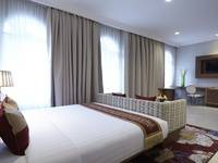 Ramada Suites By Wyndham Solo Solo - Superior Residence Queen Bed Room Only Hot Deals Promotions !