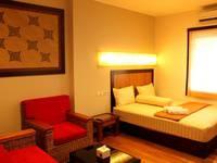 Sienna Inn Banjarmasin - Oak Rooms Regular Plan