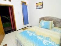 Novi Homestay Malang - Standard Room Reguler