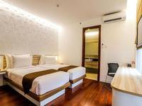 Alimar Hotel Malang - Deluxe Twin Room (Free Breakfast) Regular Plan
