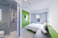 Hardys Hotel Singaraja - Kamar Hardys dengan Sarapan King dan Twin Regular Plan