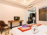 Tinggal Premium at Jalan Cendrawasih Seminyak - Superior Room Romantic Stay - 50%