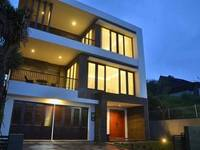 3 BR With Pool Villa Dago City View di Bandung/Dago Atas