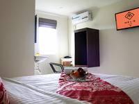Mel's Inn Manado - Deluxe Room Regular Plan