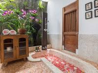 Villa Kampung Kecil Bali - ETHNIC 1 BEDROOM VILLA 8 MINUTE DRIVE FROM BEACH (ROOM ONLY) CUTE FAMILY 1 BEDROOM