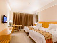 Golden Palace Lombok - Deluxe Twin Bed - Kamar Bebas Asap Rokok Weekend Sale