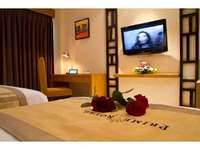 Prime Royal Hotel Surabaya - Deluxe Room Save 17%