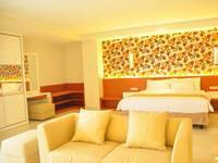 Prime Royal Hotel Surabaya - Junior Suite Room Regular Plan