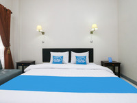 Airy Syariah Panglima Sudirman 16 Probolinggo - Deluxe Double Room with Breakfast Regular Plan