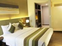 Grand Whiz Kelapa Gading - Deluxe Twin Bed Regular Plan