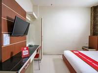 NIDA Rooms Queen Place Makassar - Double Room Single Occupancy Special Promo