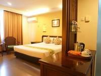 Losari Beach Hotel Makassar - Kamar Deluxe Best Deal