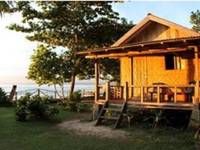 Utopia Surf Camp di Lampung Barat/Krui