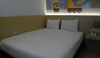 Robotel Makassar Makassar - Standard Room Regular Plan
