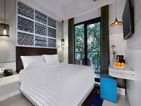 Aston Anyer - Deluxe Room with Breakfast Regular Plan