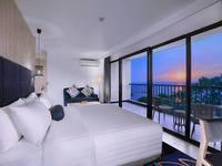 Aston Anyer - Suite Room with Breakfast Regular Plan