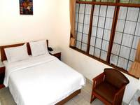 Frances Hotel Bandung - Deluxe Room Promo Spesial
