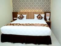 D'Hotel Holiday Makassar Makassar - Superior Double Room Regular Plan